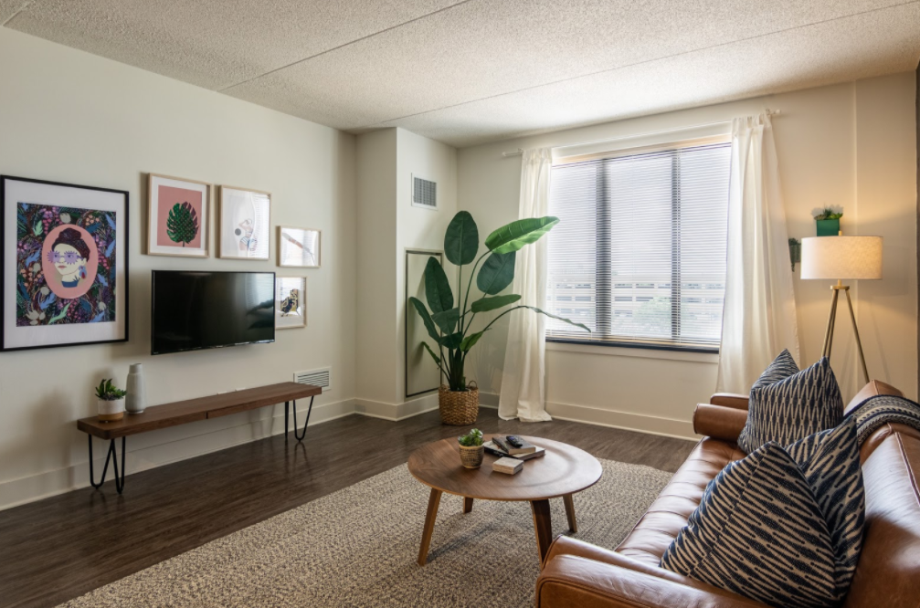 02_CozyHaus-living-room-interior