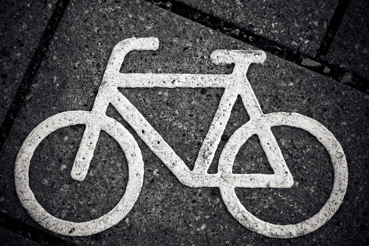 08_White markings showing a cycling space