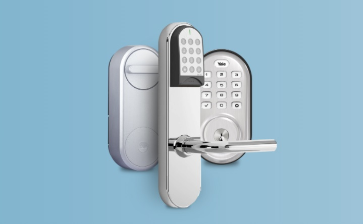 13_contactless check-in for vacation rentals is more secure. Screenshot of three locks that integrate with Operto